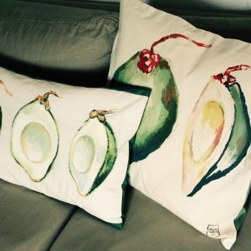 """""""coco verte"""" - 50x50cm - coton métis (50% coton/ 50%lin) - dos en coton/polyester vert émeraude - 48€ (coussin non fourni)"""