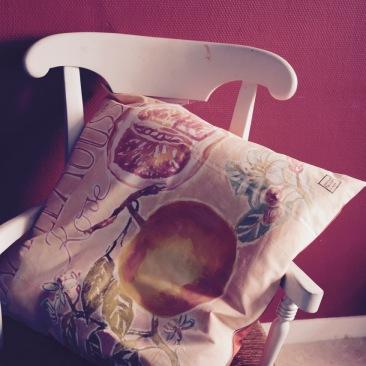 """""""pamplemousse"""" - 65x65cm - coton chintz épais - dos coton rose orangé - 55€ (coussin non fourni)"""
